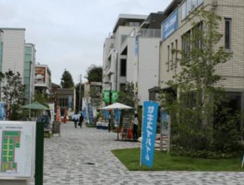 東京都新宿住宅展示場のスッキリとした町並みの画像