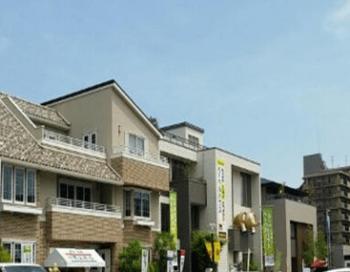 赤羽ハウジングステージの三階建モデルハウスの町並み画像