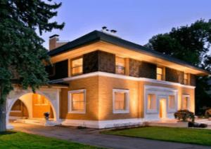 ツーバイフォー住宅フランク・ロイド・ライト設計の家の画像