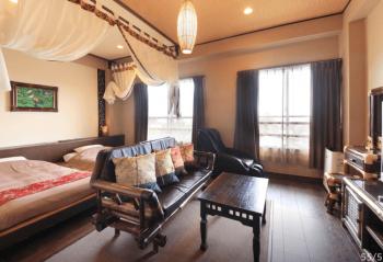 アンダリゾート伊豆高原のバリの雰囲気が表現された個室の画像