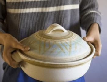土鍋の一般的なものの画像