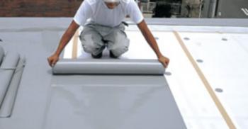 ヘーベルハウスの屋上防水シートの施工画像
