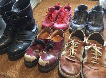 いらない靴(革靴やブーツ・スニーカー)の画像