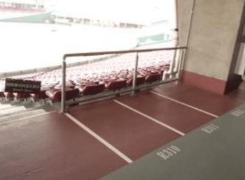 マツダスタジアムの車椅子席の画像