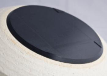 IH対応土鍋の底面の肉厚カーボン製発熱体の画像