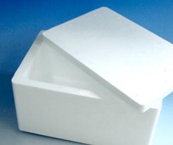 発泡スチロールの保温箱の画像